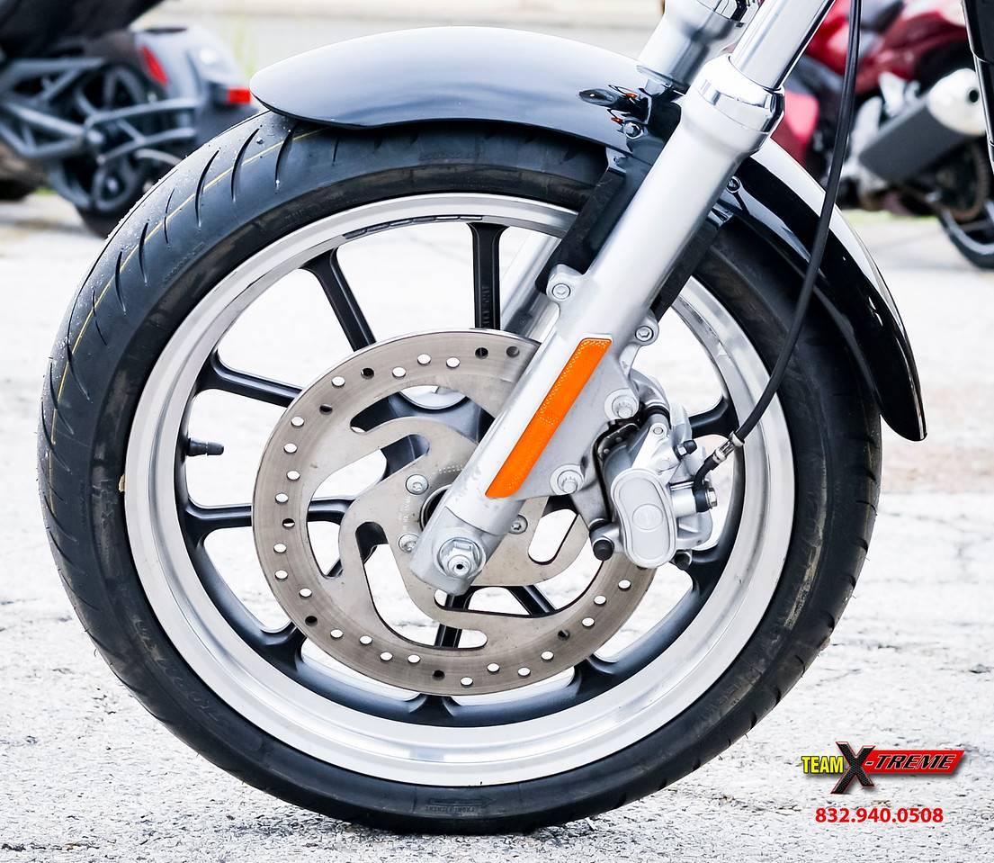 2014 Harley-Davidson Sportster SuperLow 8