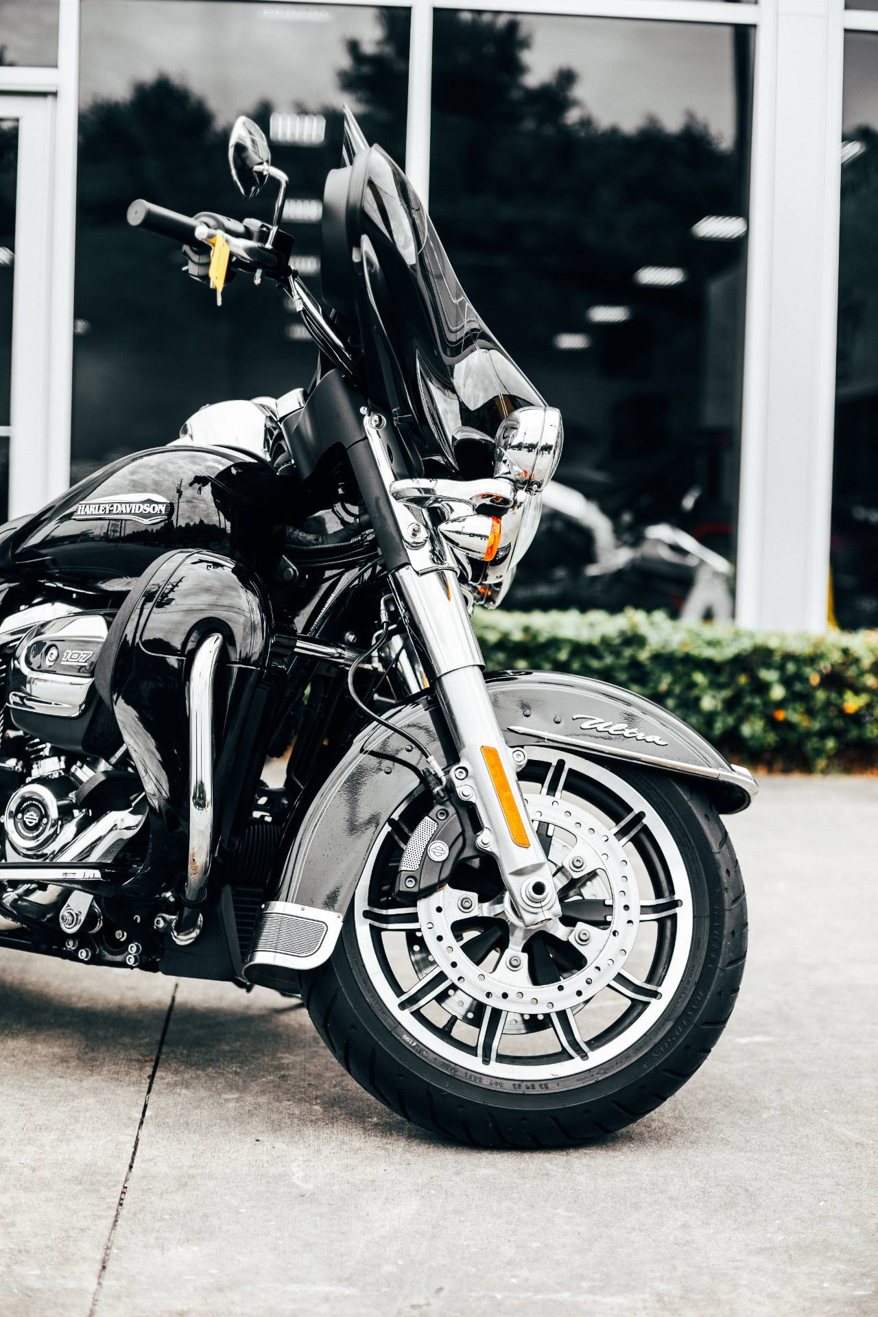 2019 Harley-Davidson Electra Glide® Ultra Classic® in Houston, Texas - Photo 2