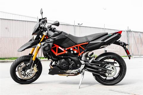 2020 Aprilia Dorsoduro 900 in Houston, Texas - Photo 10