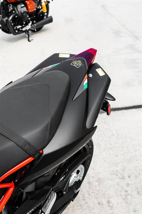 2020 Aprilia Dorsoduro 900 in Houston, Texas - Photo 14