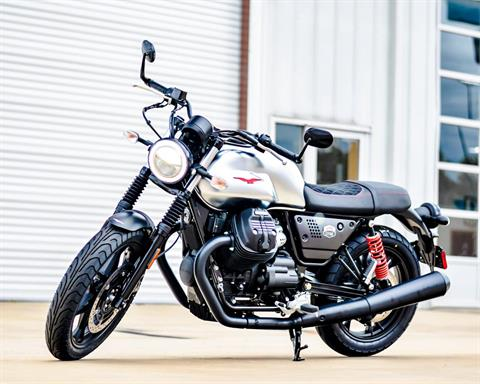 2020 Moto Guzzi V7 III Stone S in Houston, Texas - Photo 3