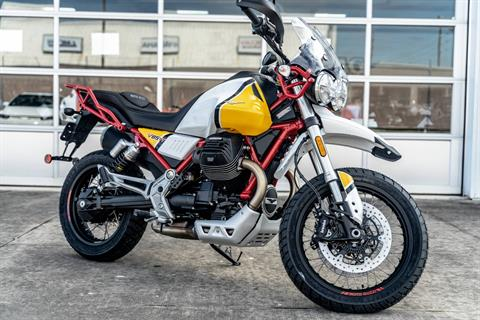 2020 Moto Guzzi V85 TT Adventure in Houston, Texas - Photo 2