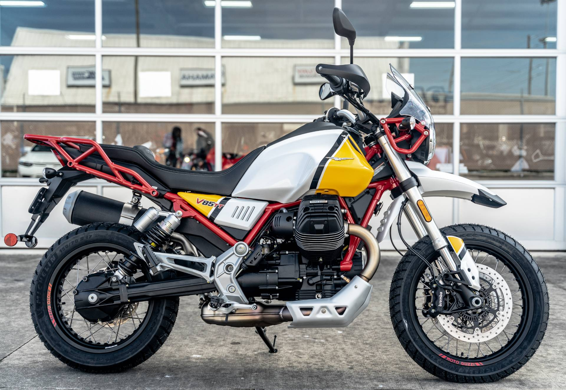 2020 Moto Guzzi V85 TT Adventure in Houston, Texas - Photo 10