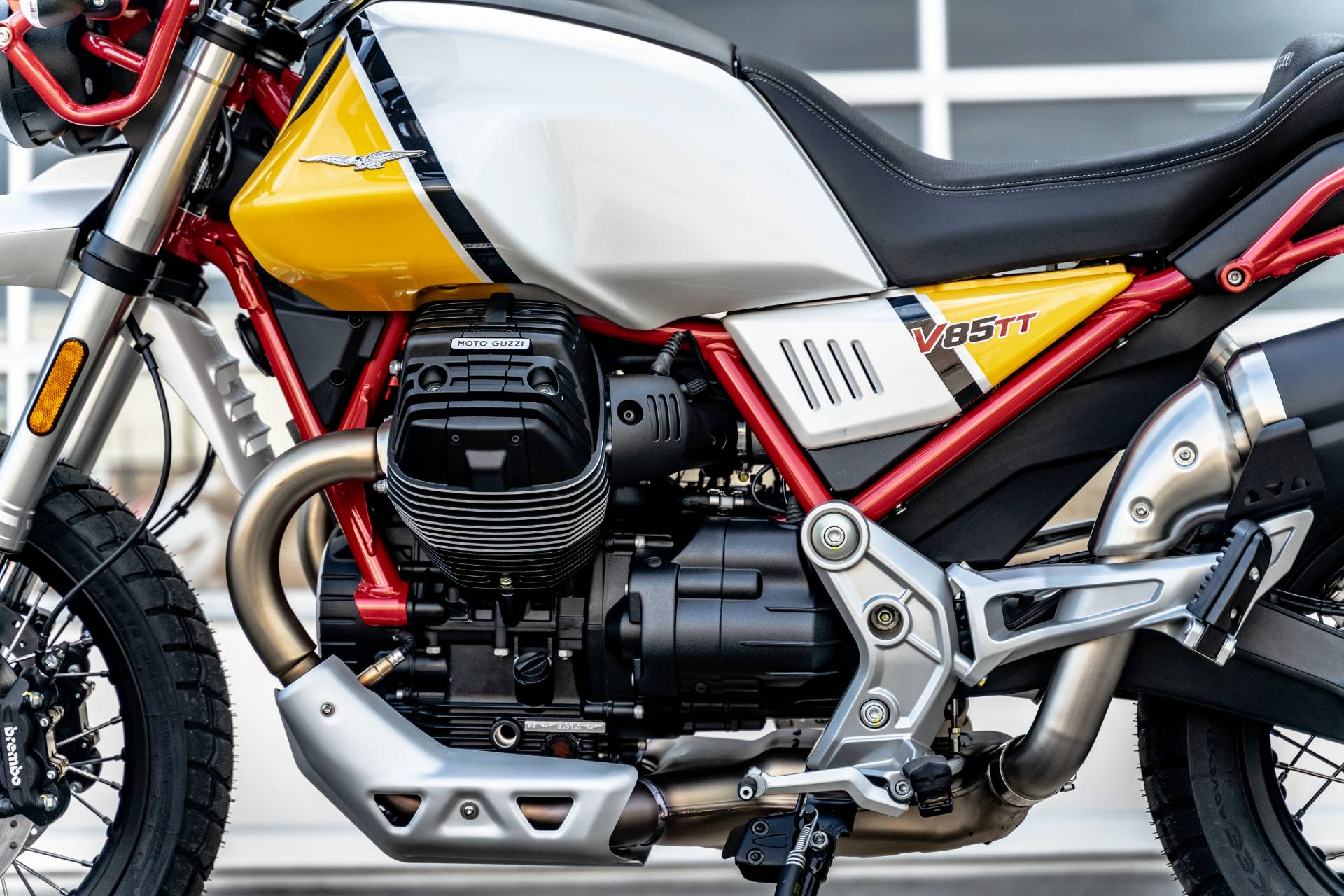 2020 Moto Guzzi V85 TT Adventure in Houston, Texas - Photo 28