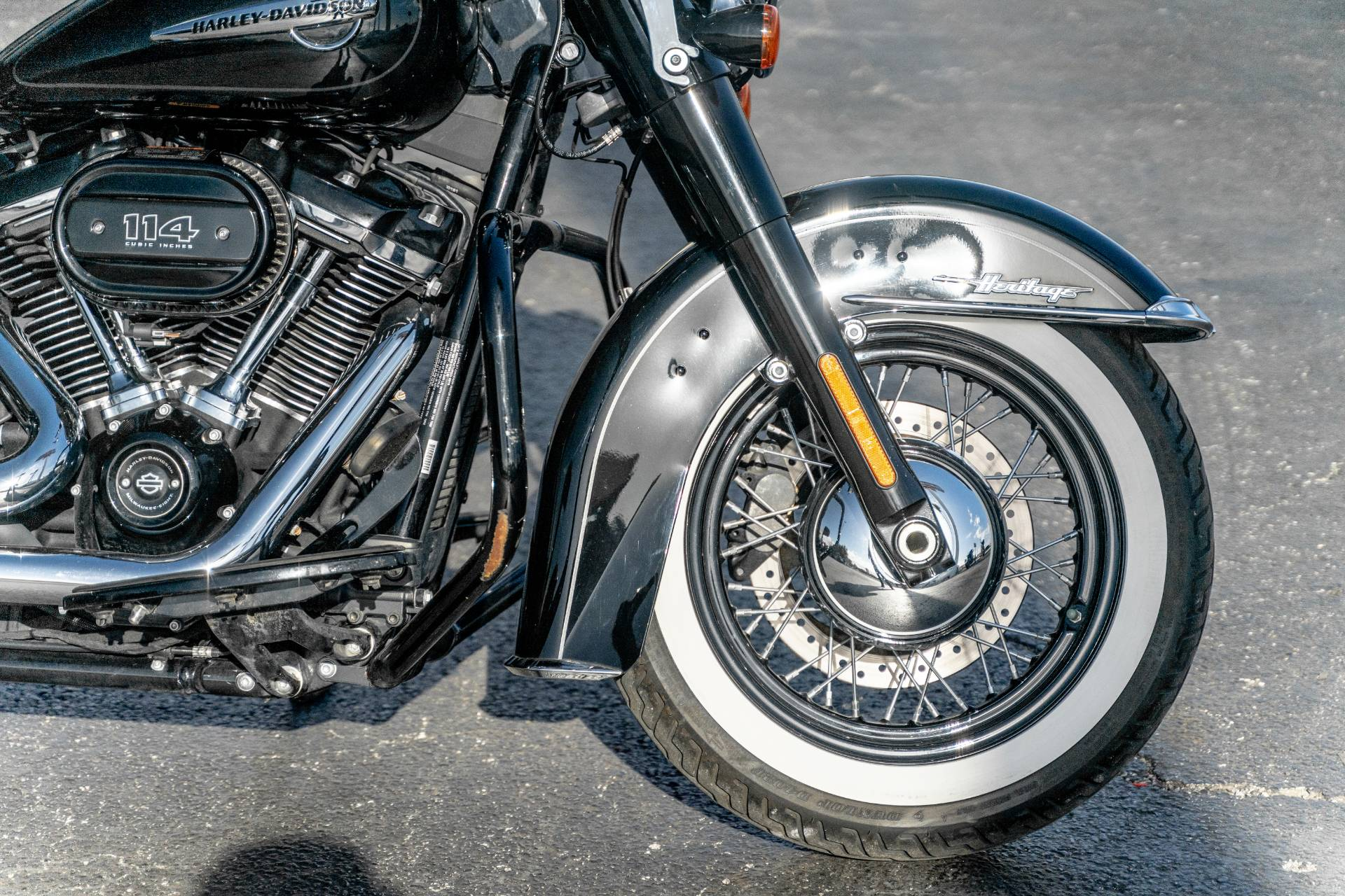 2019 Harley-Davidson Heritage Classic 114 in Houston, Texas - Photo 4