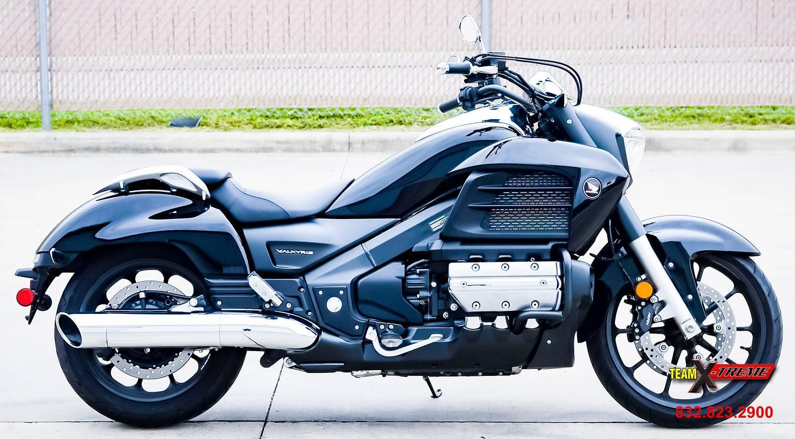 2014 Honda GL1800C Valkyrie 3