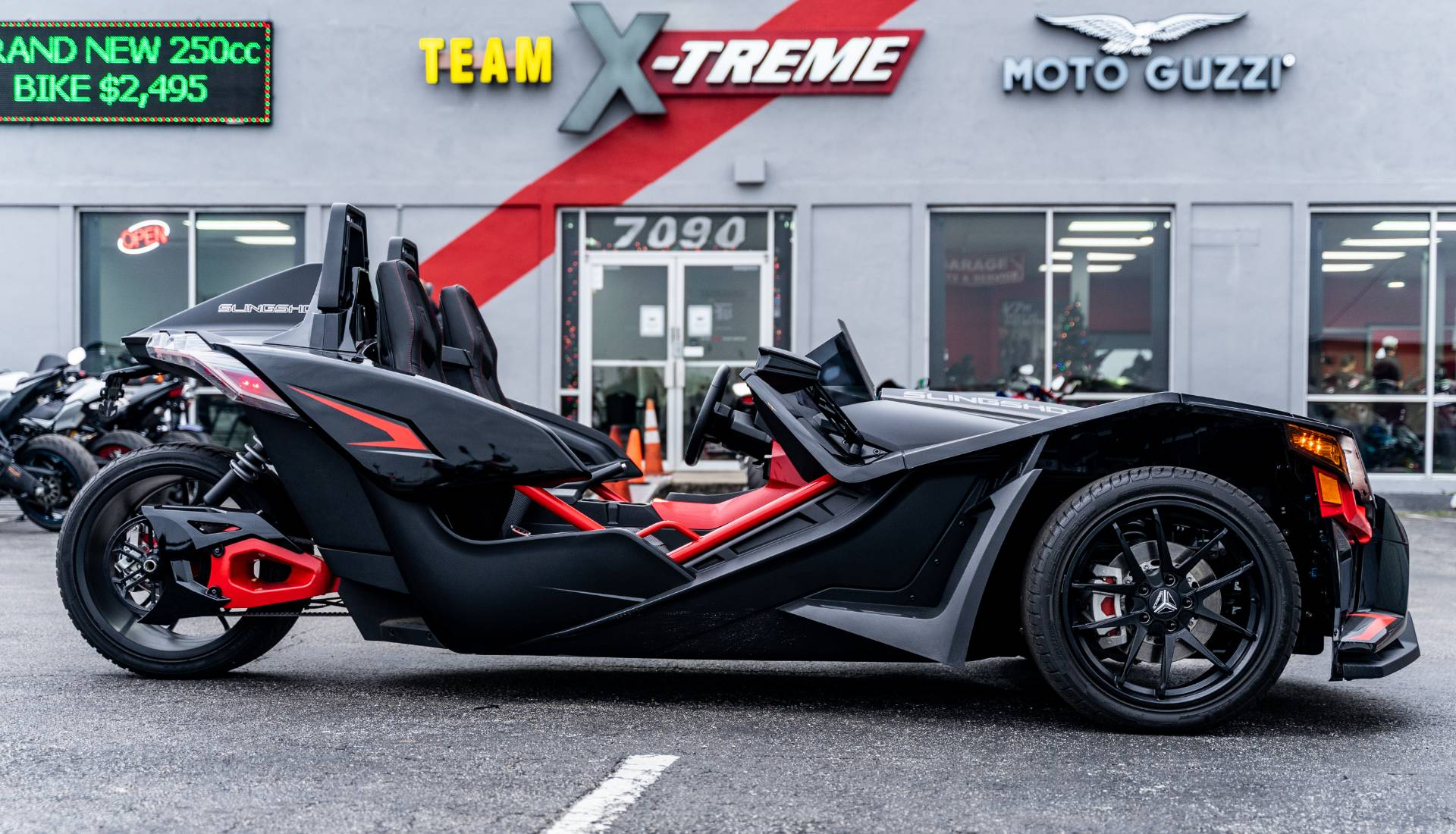 2020 Slingshot Slingshot R AutoDrive in Houston, Texas - Photo 18