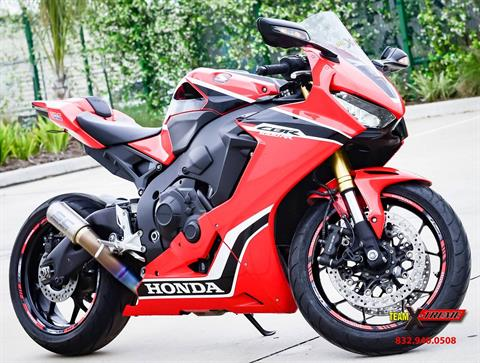 2017 Honda CBR1000RR in Houston, Texas