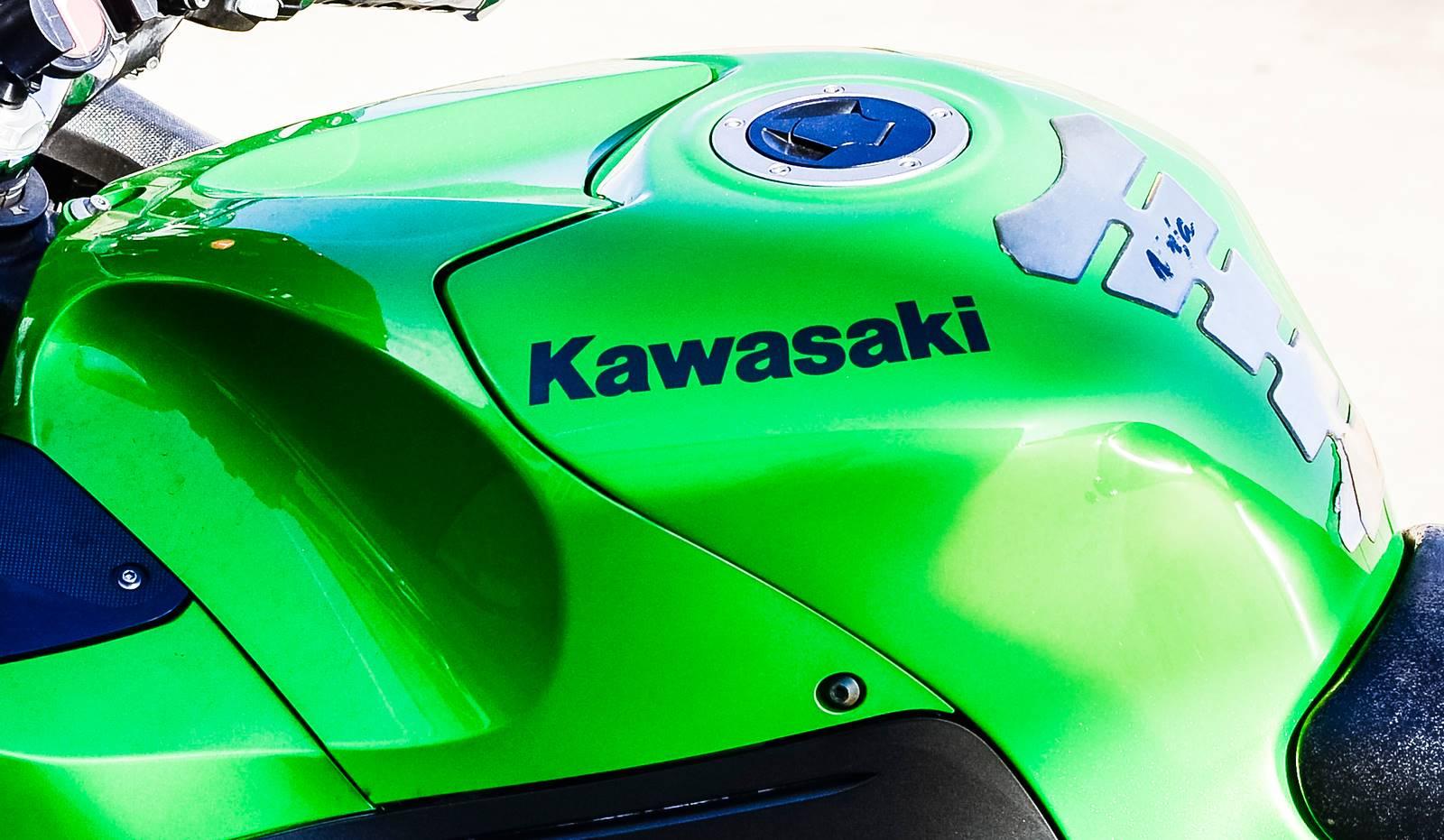 2009 Kawasaki Ninja ZX-14 11