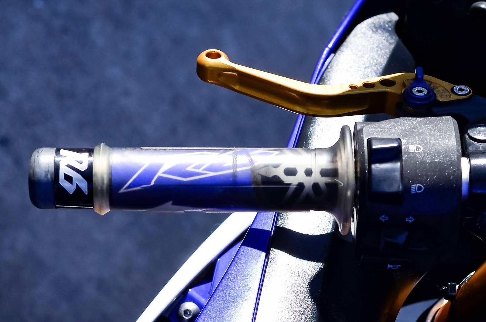 2011 Yamaha YZF-R6 12