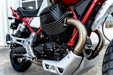 2020 Moto Guzzi V85 TT Adventure in Houston, Texas - Photo 3
