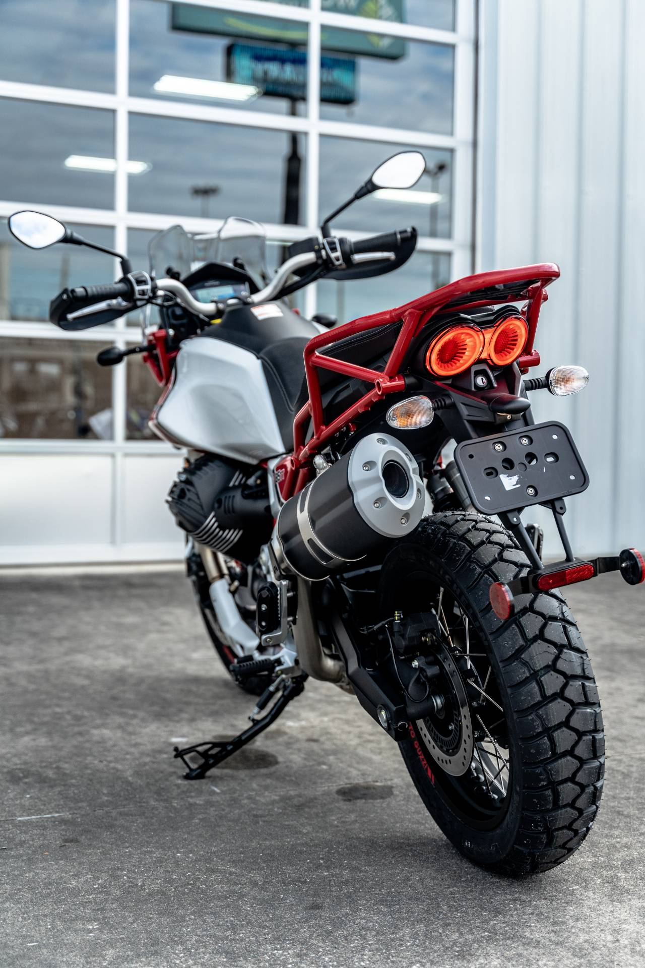 2020 Moto Guzzi V85 TT Adventure in Houston, Texas - Photo 29