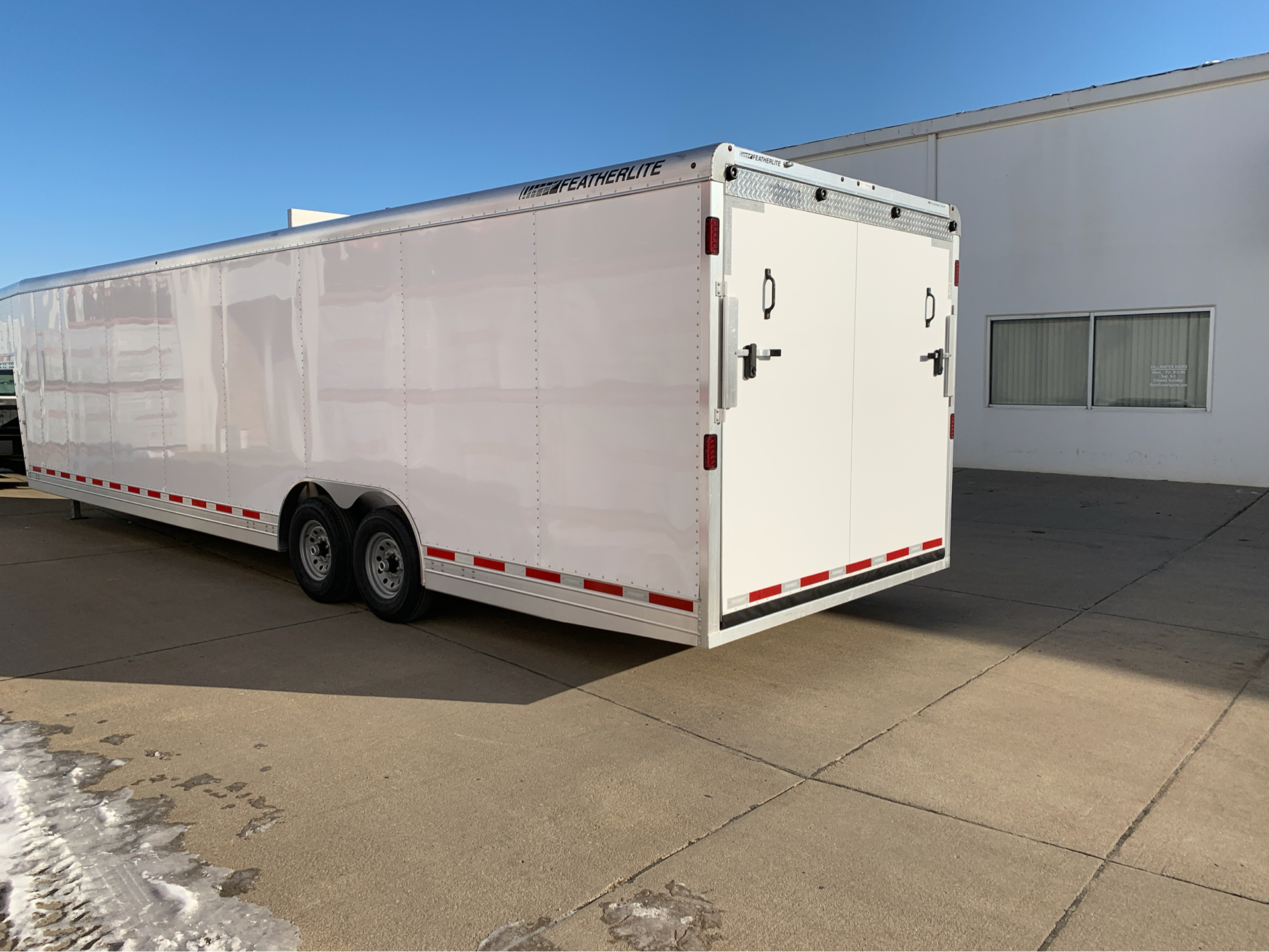 2019 Featherlite Trailers 4941-0032 in Roca, Nebraska - Photo 2