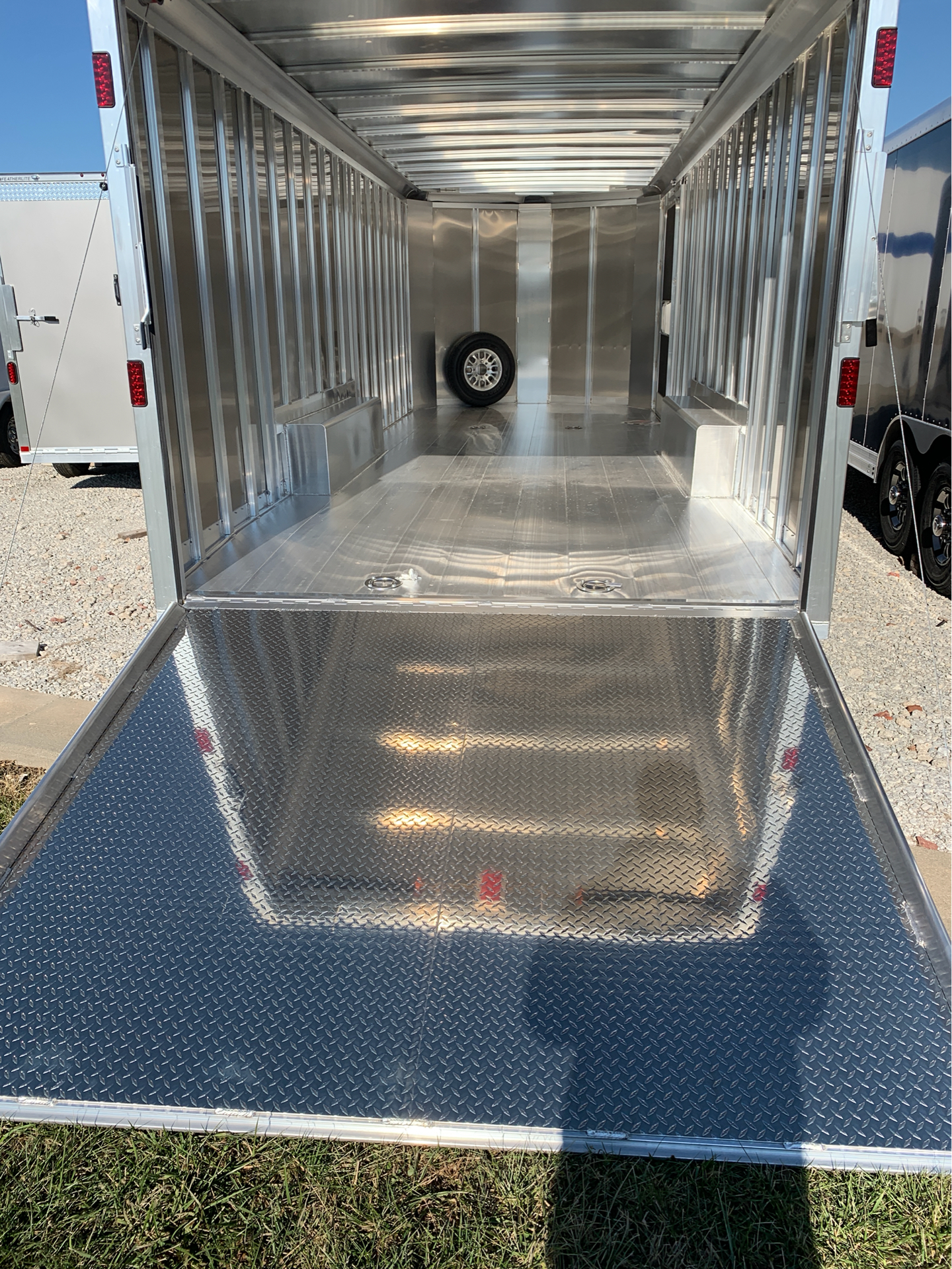 2019 Featherlite Trailers 4926-0024 in Roca, Nebraska
