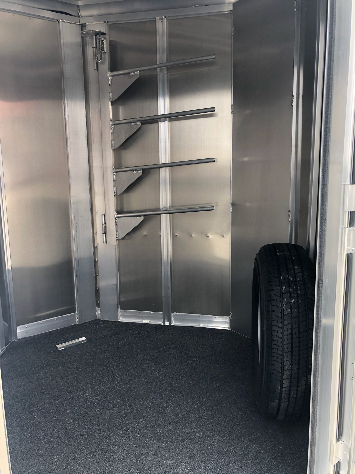 2019 Featherlite Trailers 9409-673H in Roca, Nebraska