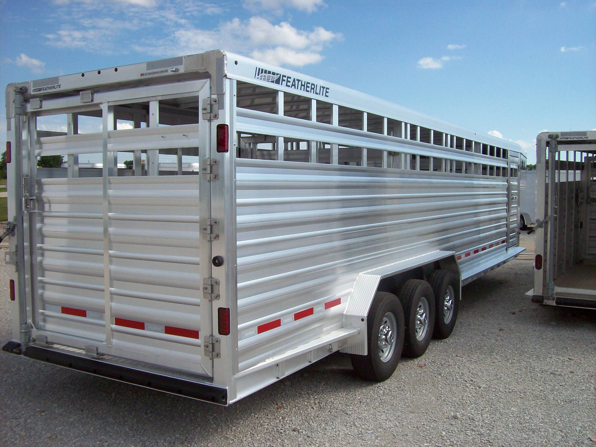 2018 Featherlite Trailers 8127-7030 in Roca, Nebraska