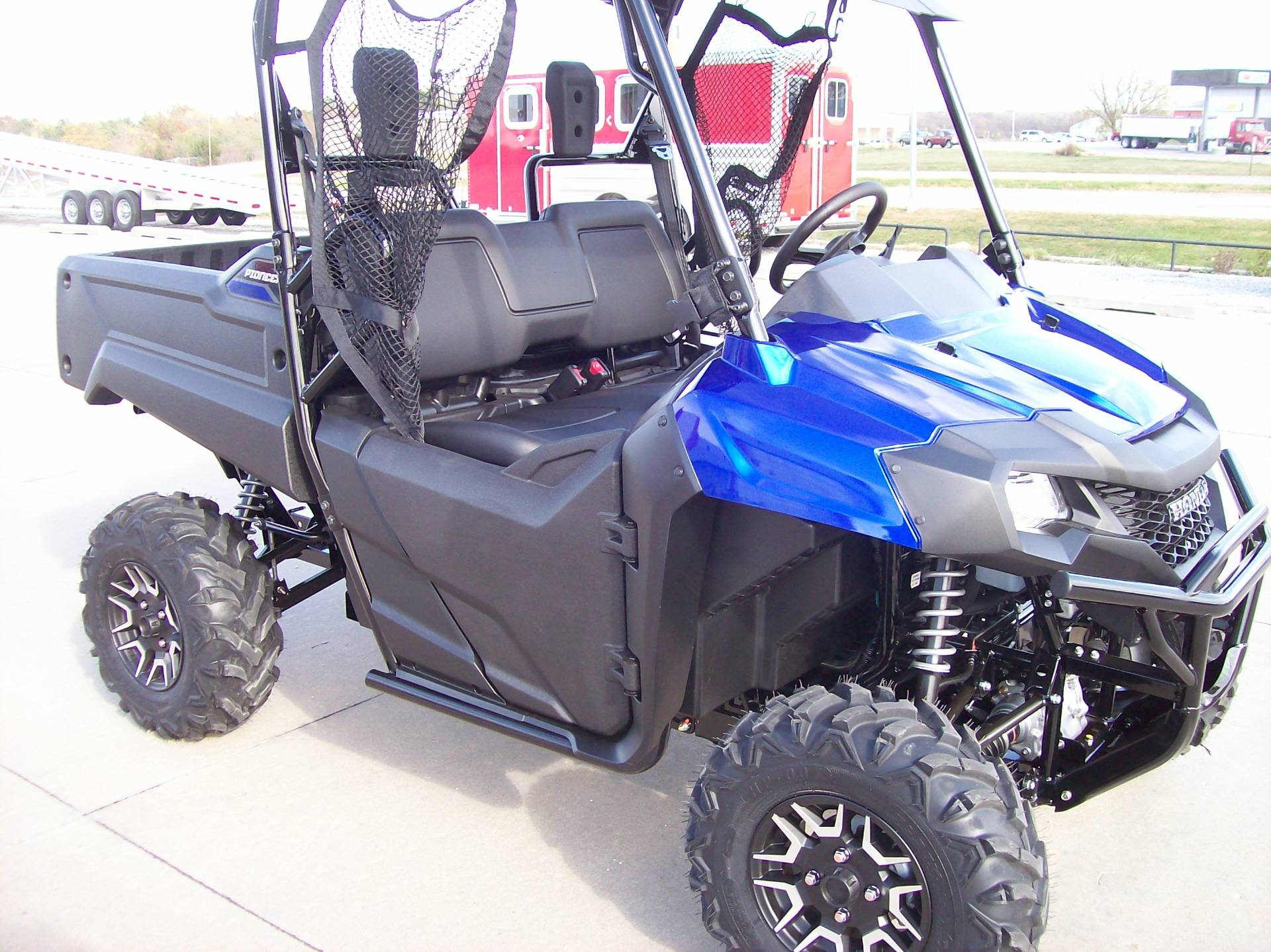 products honda pioneer com fenders mud busters