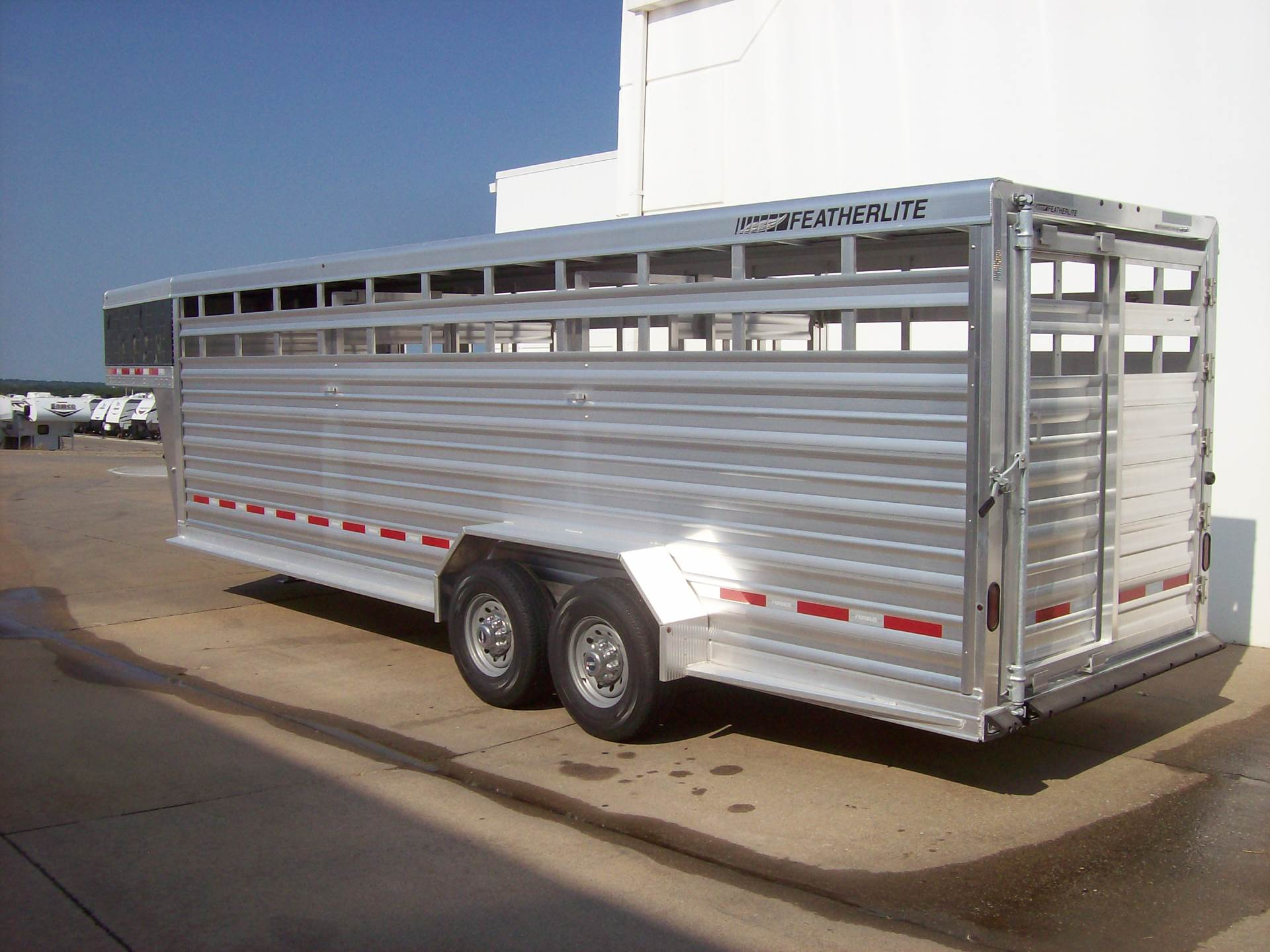 2018 Featherlite Trailers 8117-6724 in Roca, Nebraska