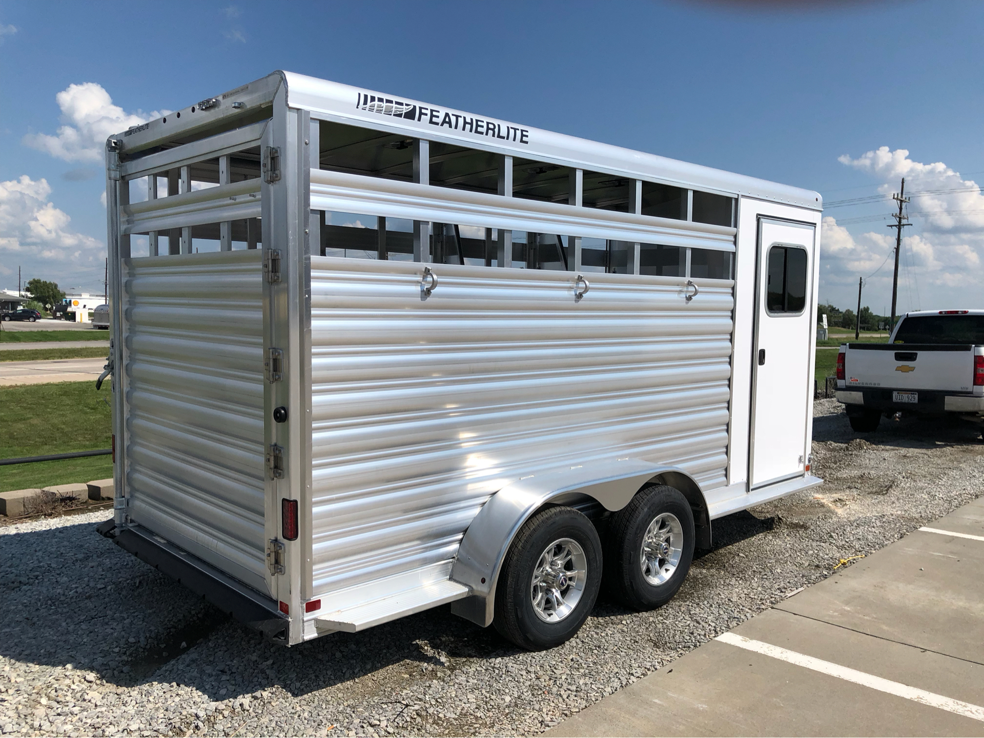 2019 Featherlite Trailers 9651-314b in Roca, Nebraska - Photo 4