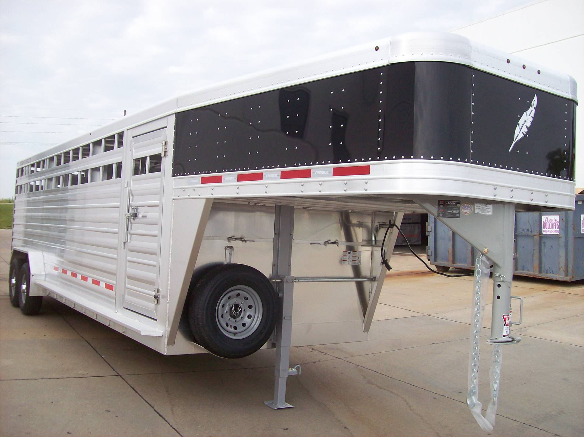 2018 Featherlite Trailers 8127-7024 in Roca, Nebraska