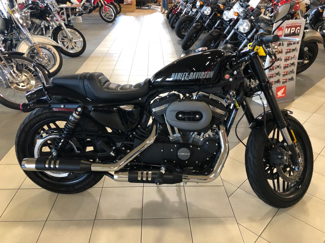 2016 Harley-Davidson Roadster 3