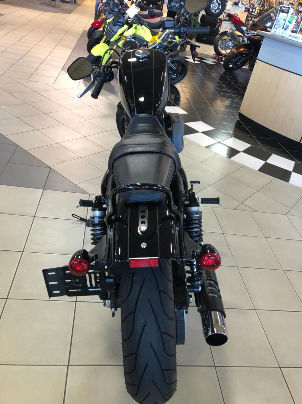 2016 Harley-Davidson Roadster 4