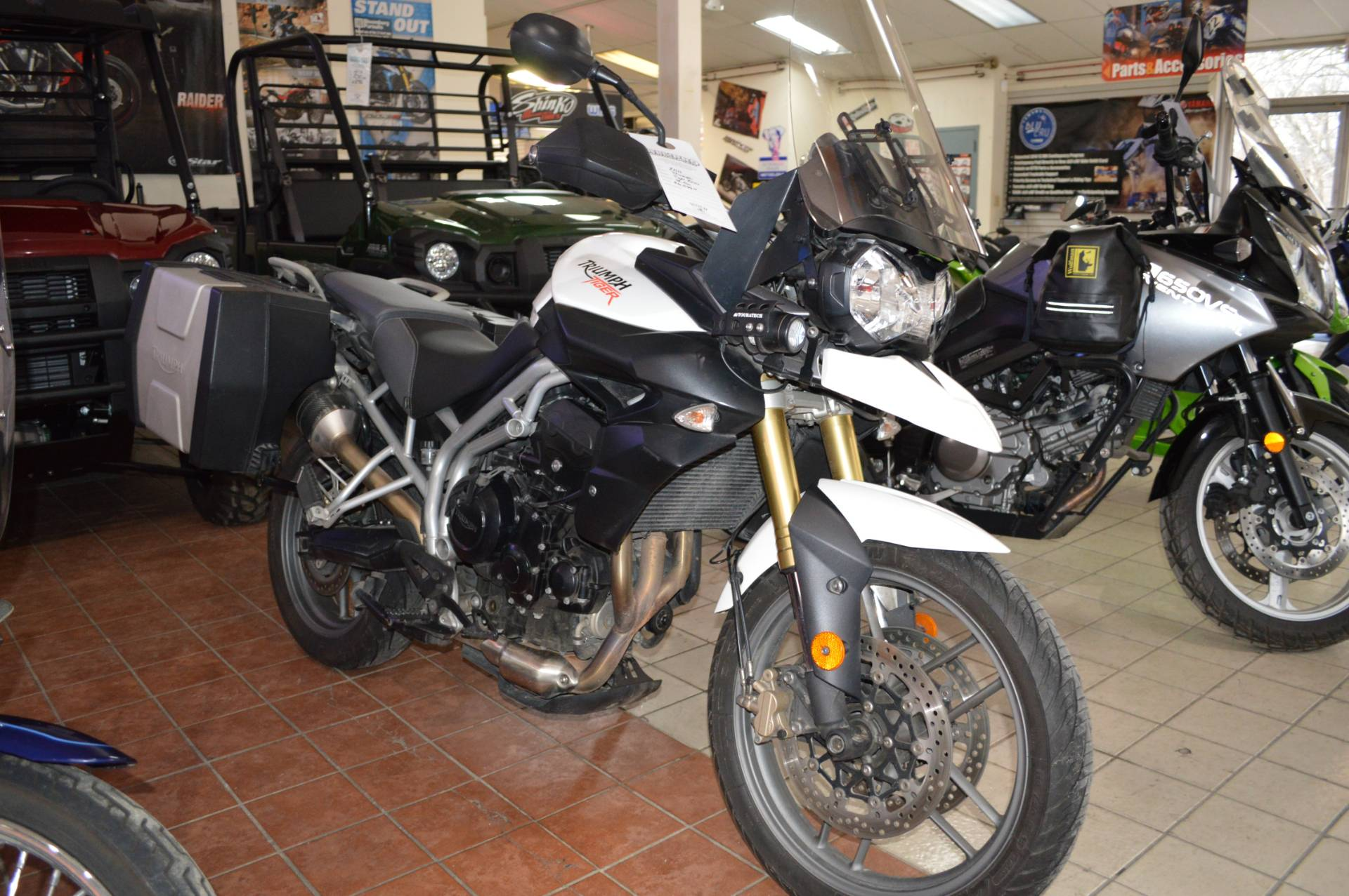 2011 Triumph Tiger 800 in Moon Twp, Pennsylvania - Photo 1