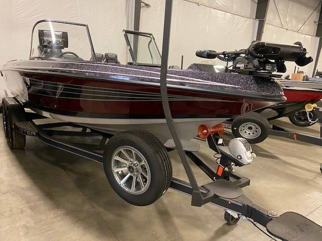 2021 Skeeter WX2060 in Albert Lea, Minnesota - Photo 2
