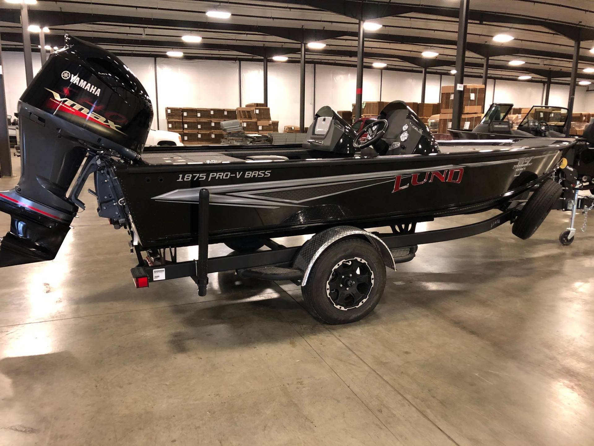 2020 Lund 1875 Pro V Bass XS in Albert Lea, Minnesota - Photo 1