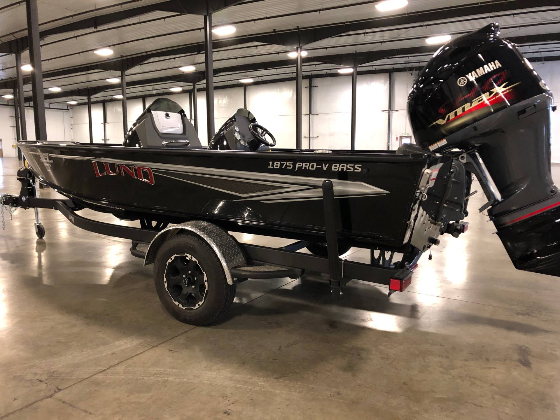 2020 Lund 1875 Pro V Bass XS in Albert Lea, Minnesota - Photo 2