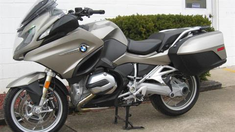 2016 BMW R1200RT in New Philadelphia, Ohio