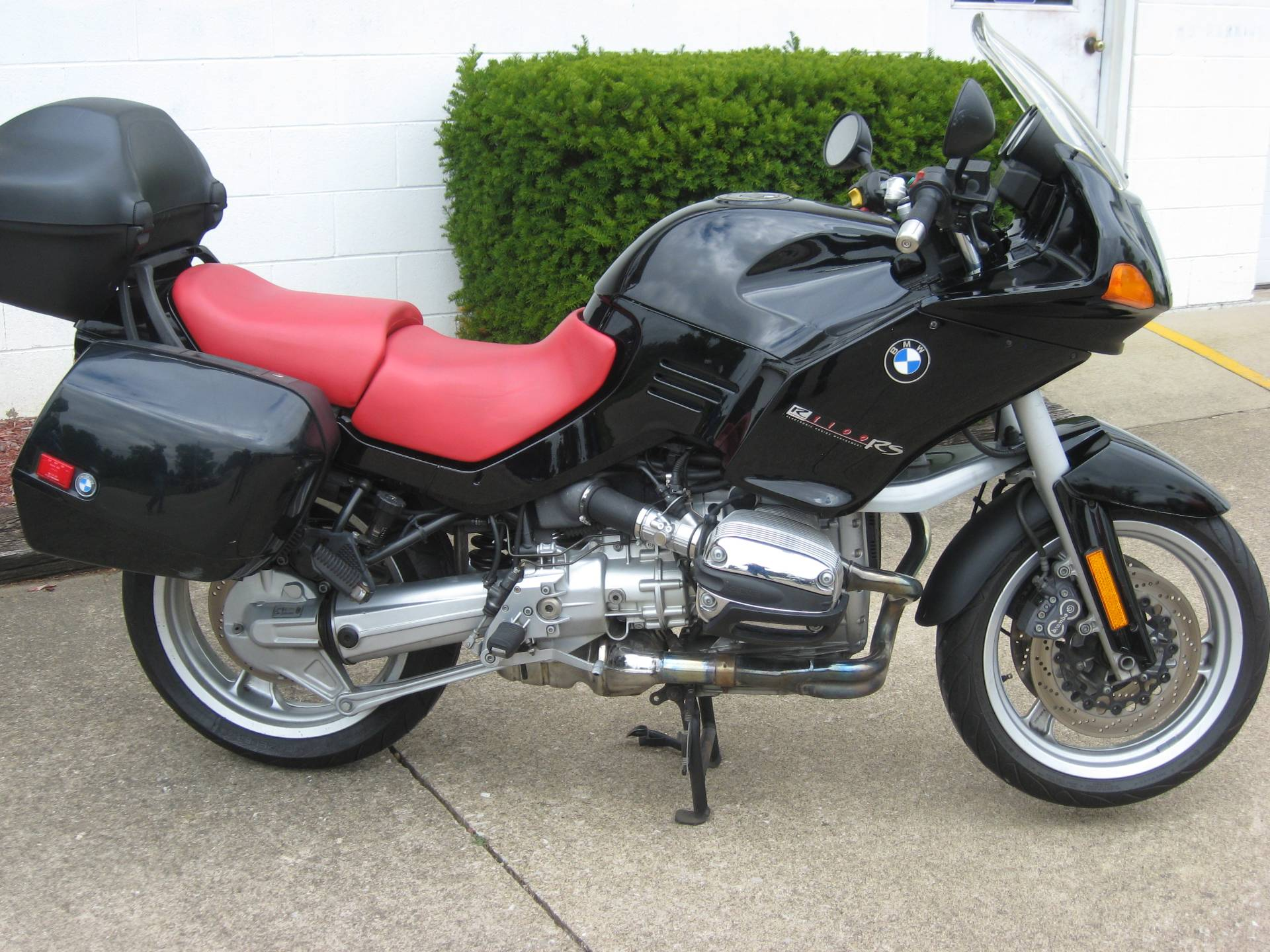 2001 BMW R1100RS in New Philadelphia, Ohio - Photo 1