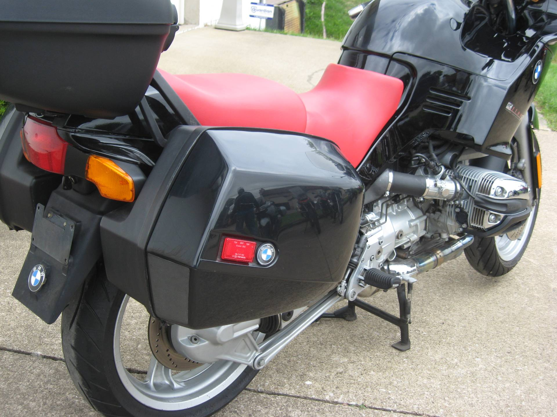 2001 BMW R1100RS in New Philadelphia, Ohio - Photo 5