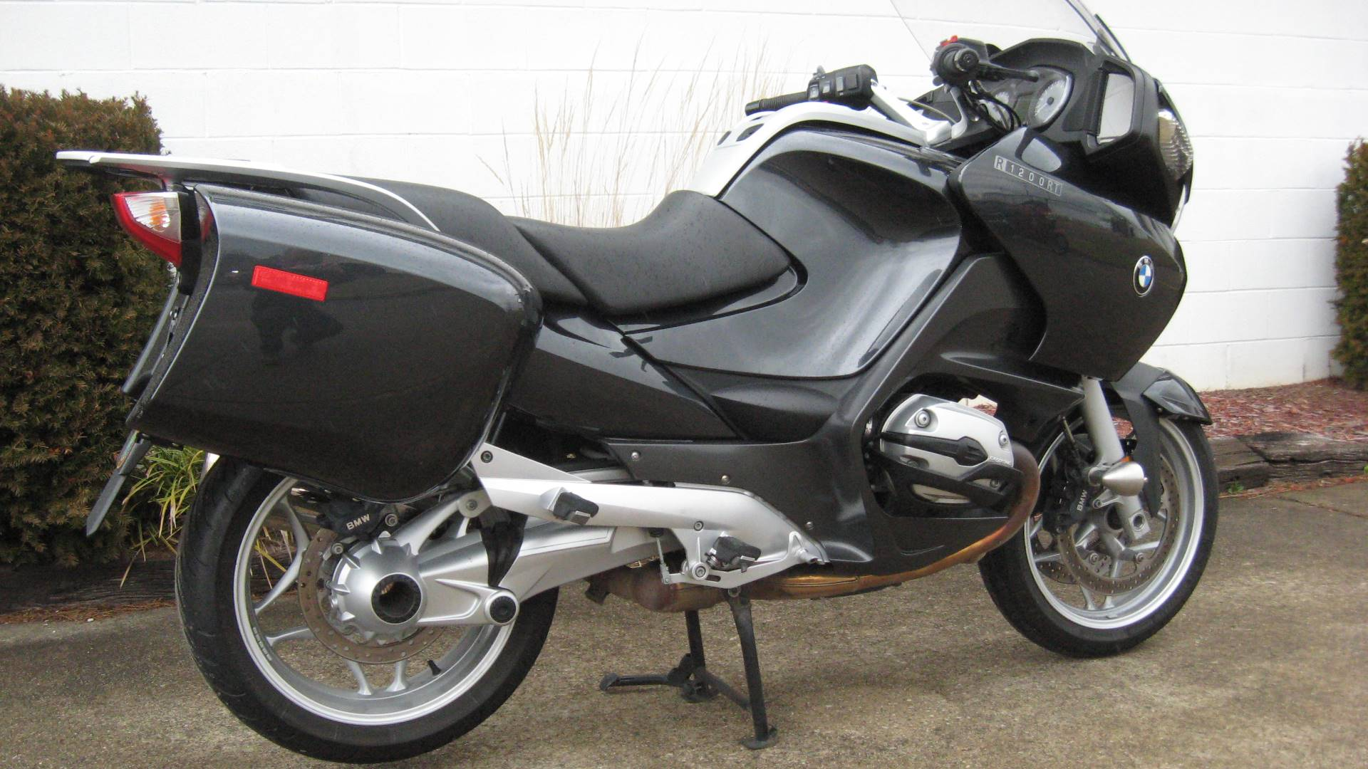 2006 BMW R1200RT in New Philadelphia, Ohio - Photo 1