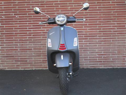 2020 Vespa GTS Supersport 300 HPE in Bellevue, Washington - Photo 3