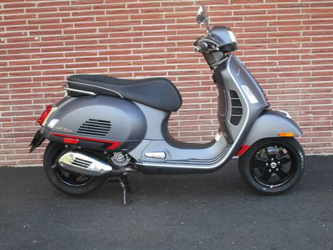 2020 Vespa GTS Supersport 300 HPE in Bellevue, Washington - Photo 5