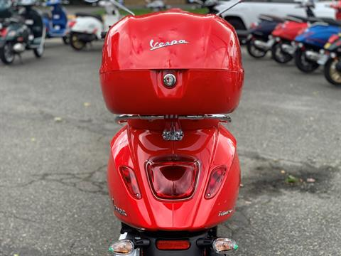 2021 Vespa Primavera 150 iGet Red in Bellevue, Washington - Photo 8