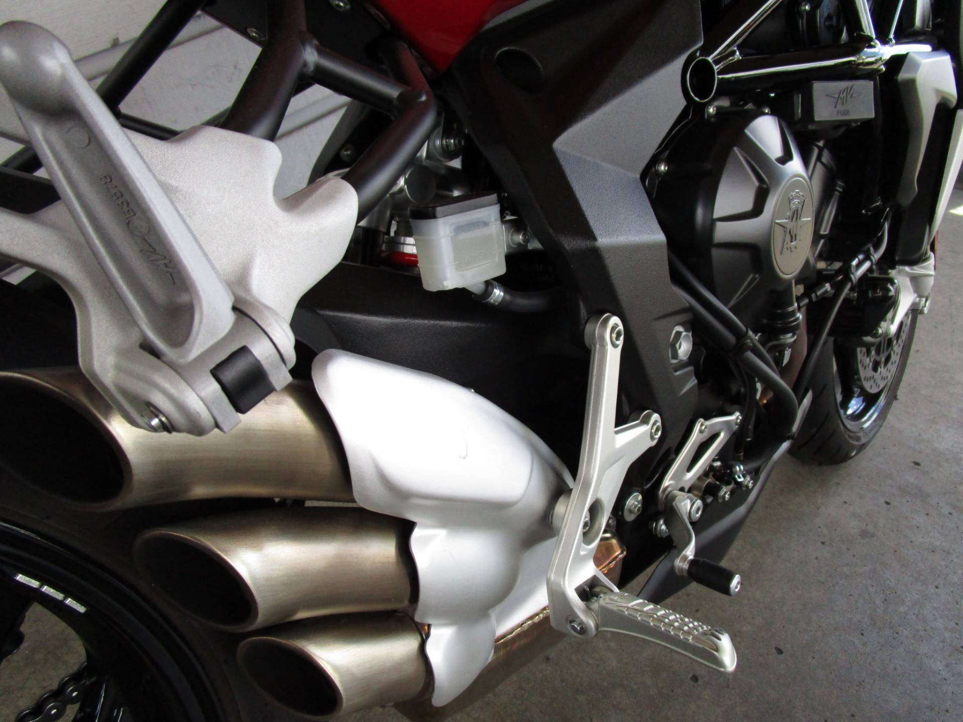 2015 MV Agusta Brutale 800 RR in Bellevue, Washington - Photo 8