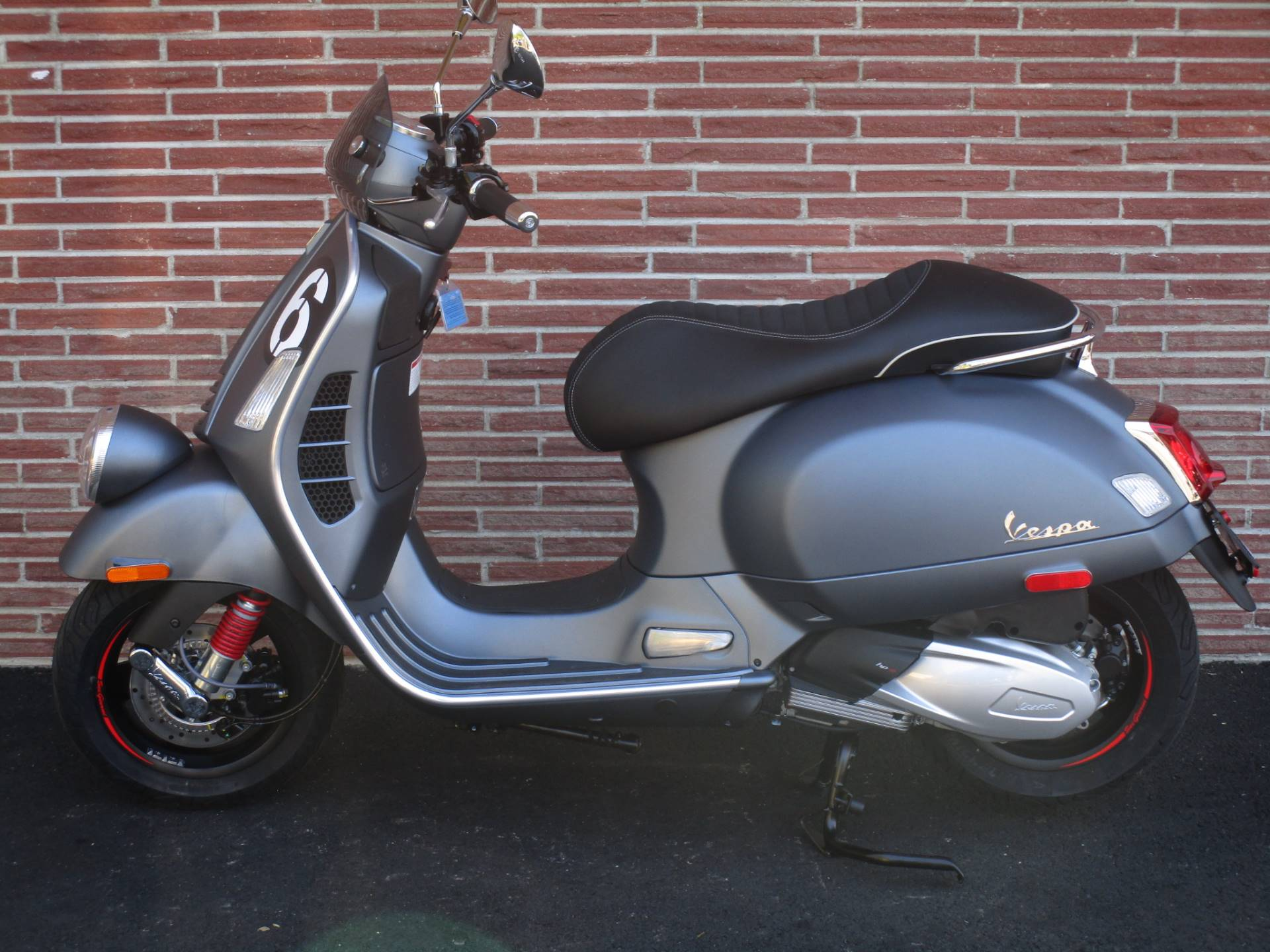 2020 Vespa Sei Giorni 300 in Bellevue, Washington - Photo 1
