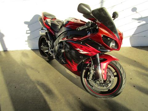 2011 Yamaha YZF-R1 in Bellevue, Washington - Photo 3