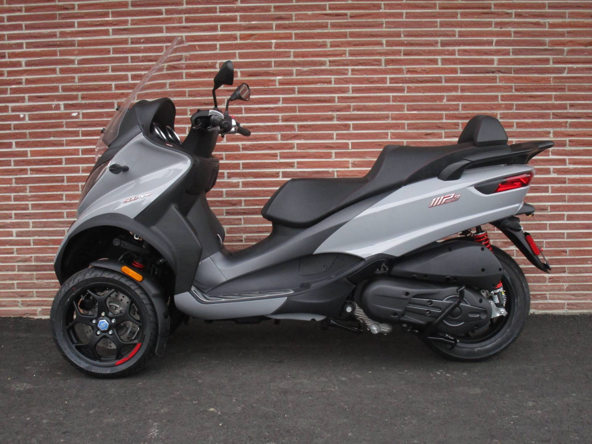 2019 Piaggio MP3 Sport 500 HPE in Bellevue, Washington - Photo 3