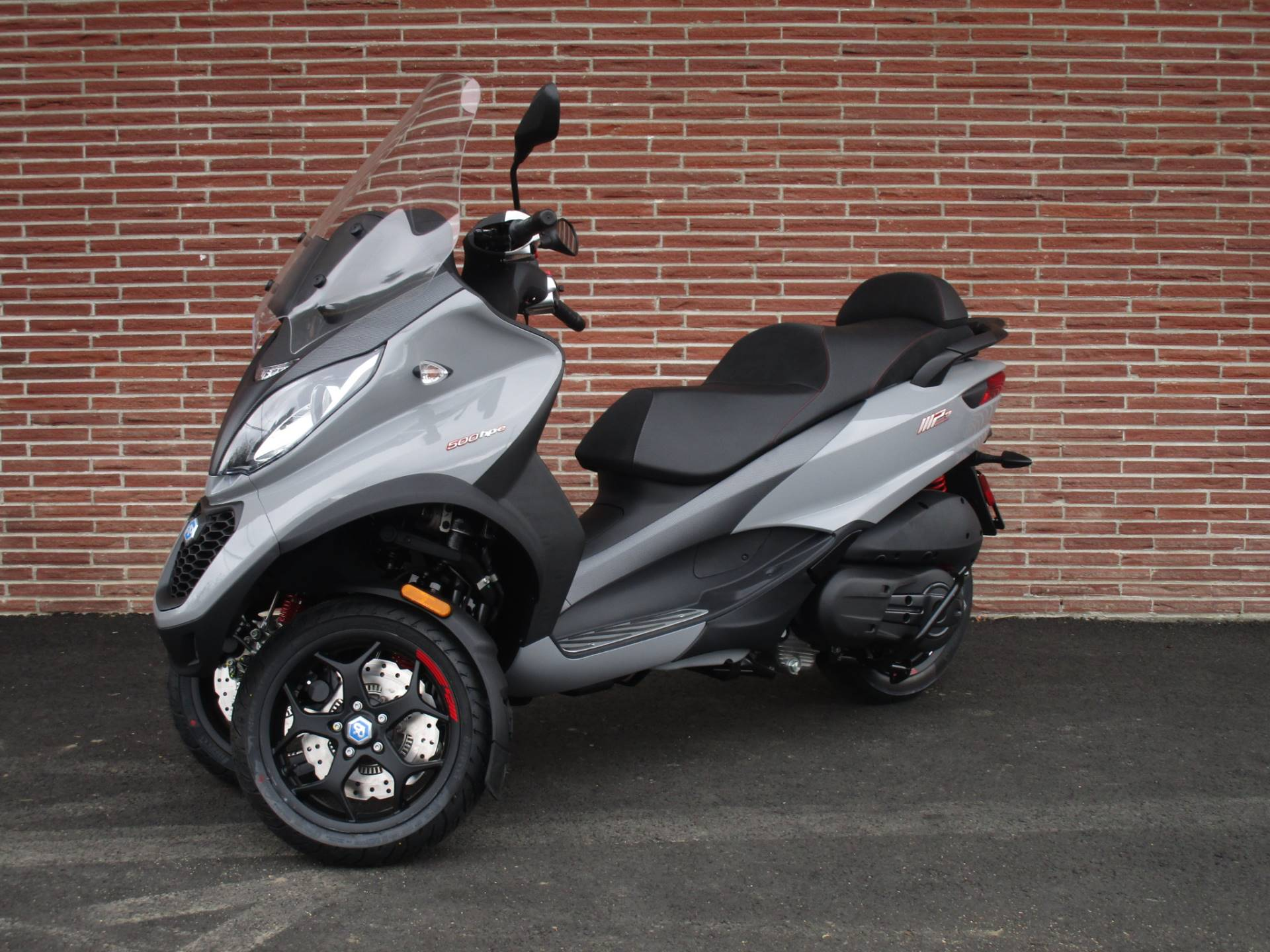 2019 Piaggio MP3 Sport 500 HPE in Bellevue, Washington - Photo 4