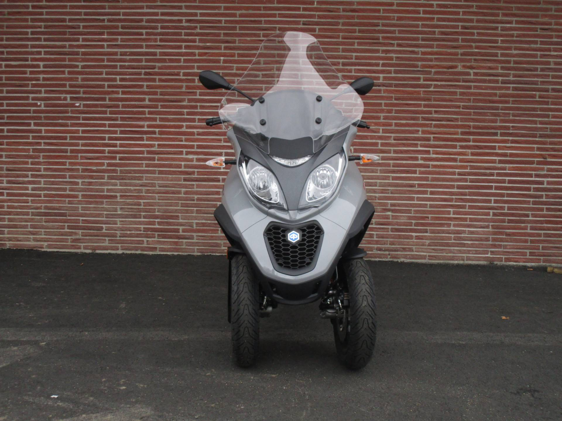 2019 Piaggio MP3 Sport 500 HPE in Bellevue, Washington - Photo 5