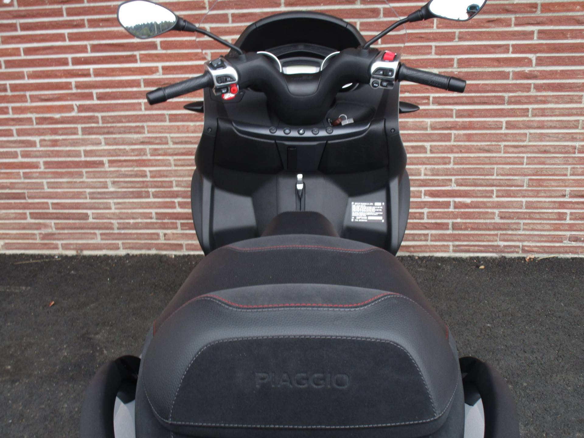2019 Piaggio MP3 Sport 500 HPE in Bellevue, Washington - Photo 8