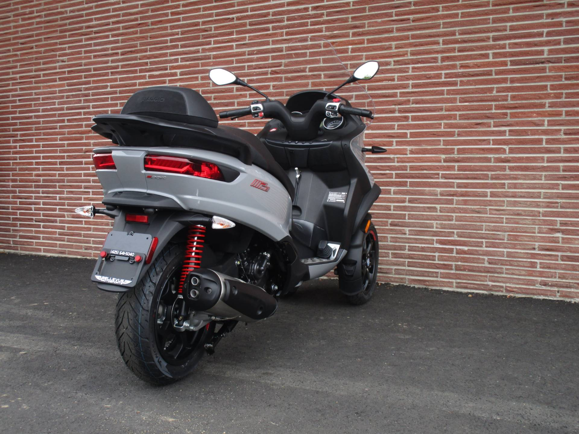 2019 Piaggio MP3 Sport 500 HPE in Bellevue, Washington - Photo 9