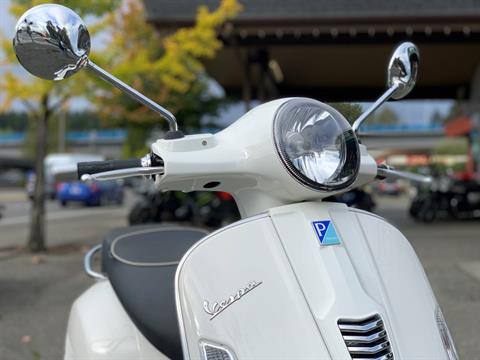 2015 Vespa GTS 300 i.e. Super ABS in Bellevue, Washington - Photo 3