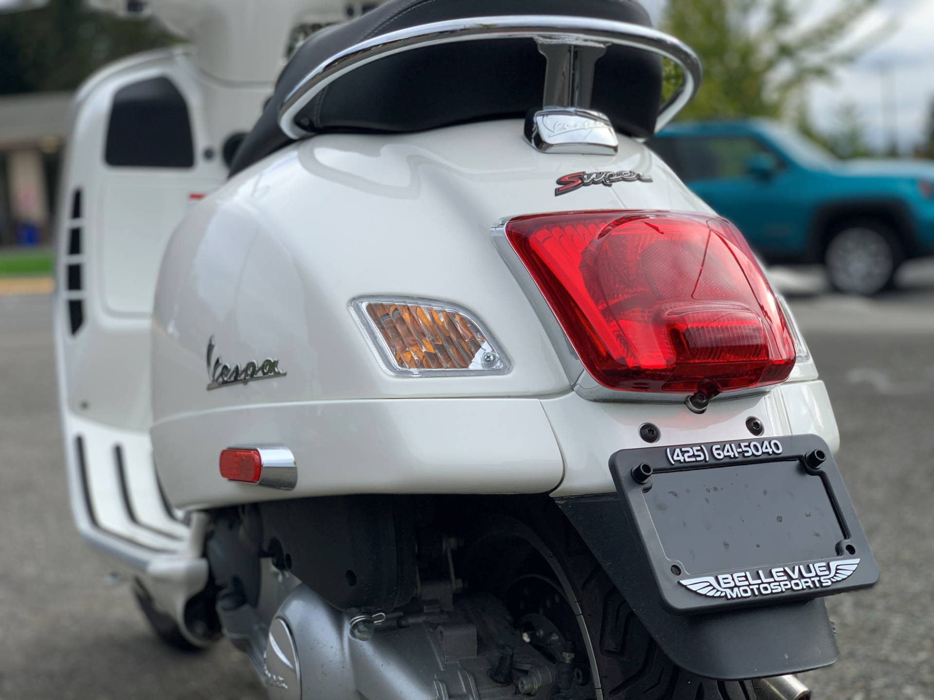 2015 Vespa GTS 300 i.e. Super ABS in Bellevue, Washington - Photo 7
