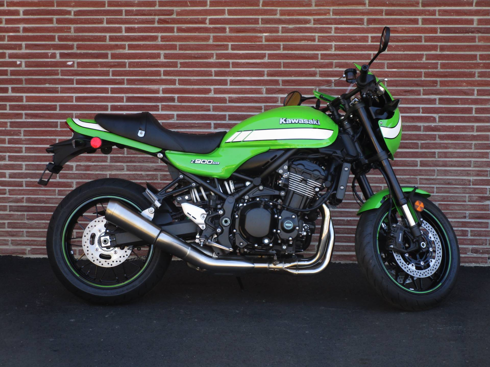 2019 Kawasaki Z900RS Cafe in Bellevue, Washington - Photo 1