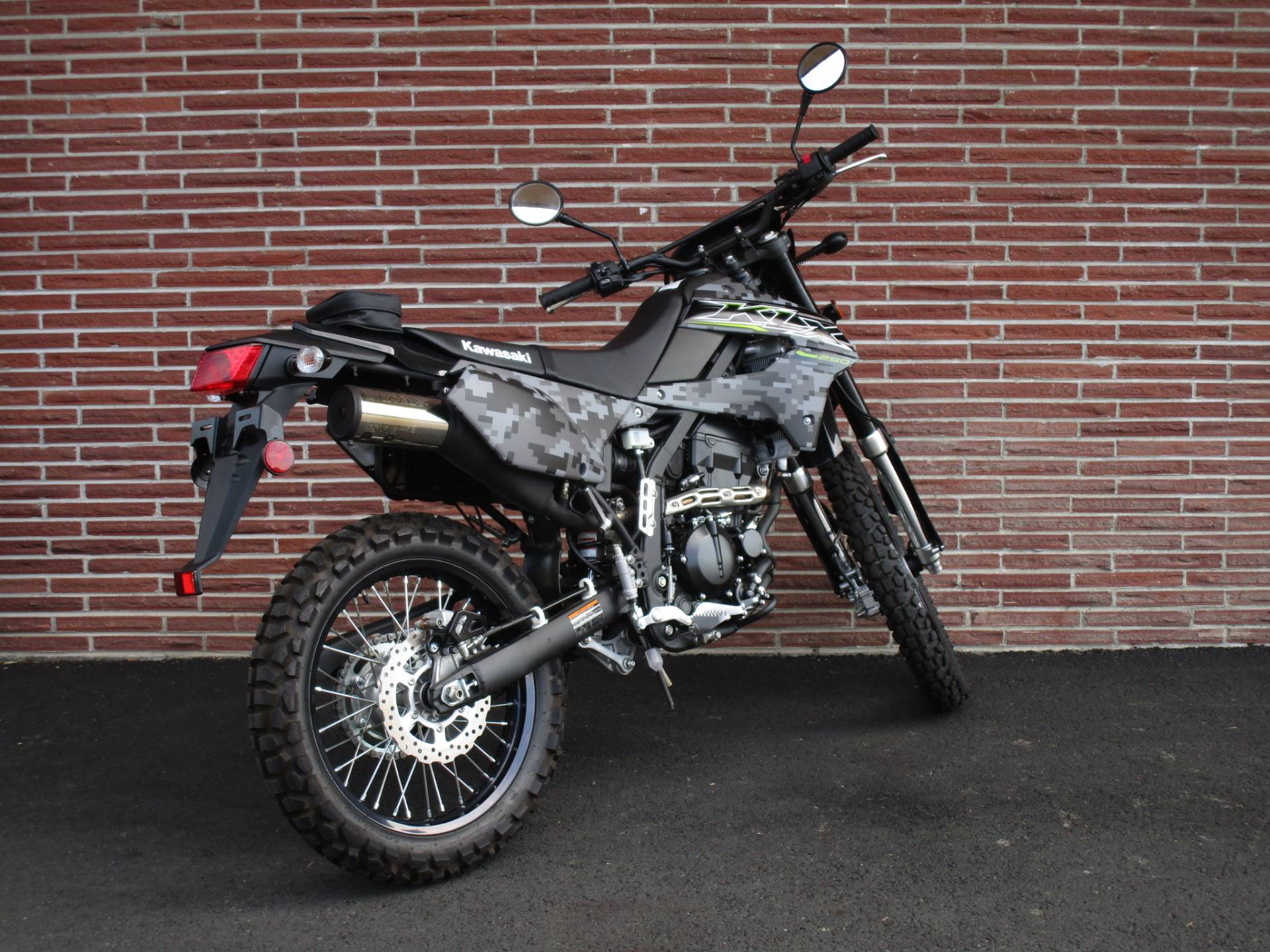 2019 Kawasaki KLX 250 Camo in Bellevue, Washington - Photo 5