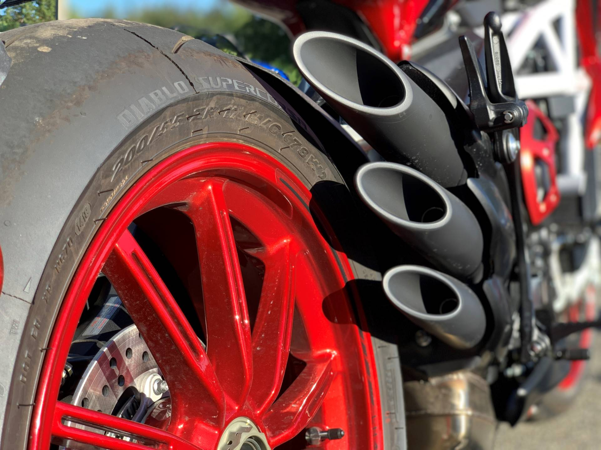 2019 MV Agusta Brutale 800 RR LH44 in Bellevue, Washington - Photo 9